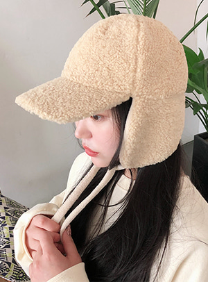 [CHUU] 뽀글이 곰돌이 양털 cap